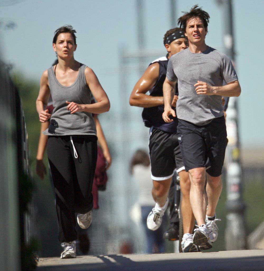 Katie Holmes And Tom Cruise Out Jogging In Boston2 4ac48fa49a387 Health Living Amp Yoga