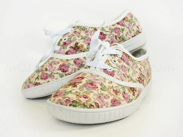 Printed Sneakers: A New Trend (12)