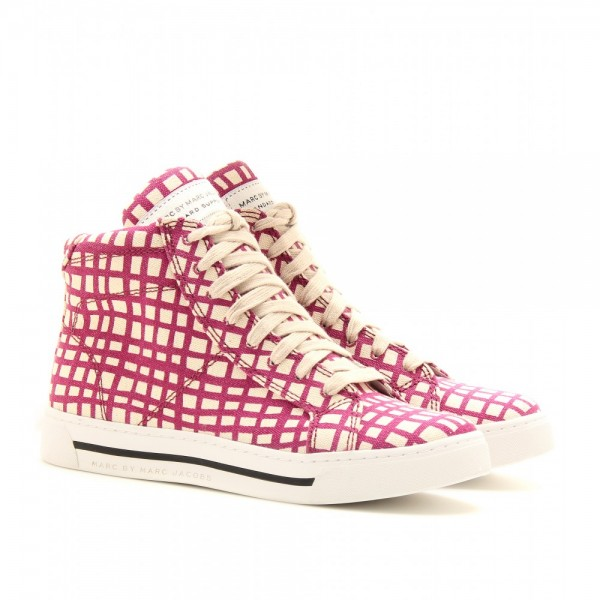 Printed Sneakers: A New Trend (10)