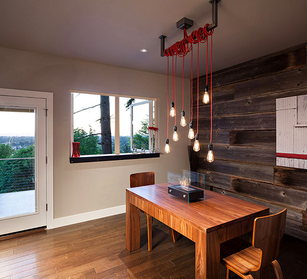 Eclectic and Cozy House where Modern Meets Rustic! (2)