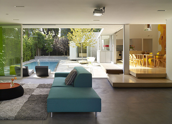 A Modern and Vibrant Home in West Hollywood (7)