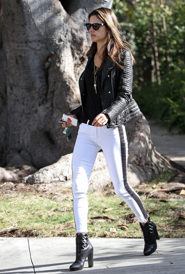 Black and White : New Trend this Spring (24)