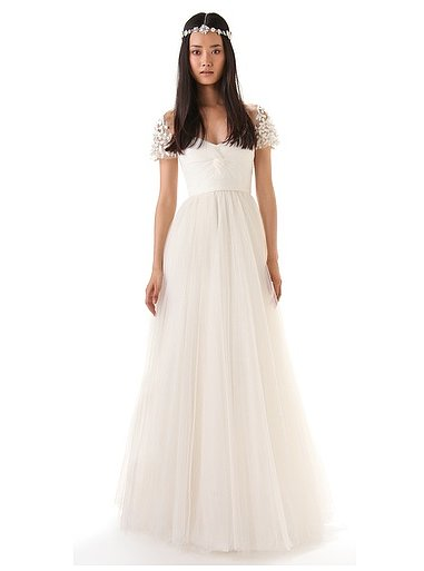 Best Beach Wedding Dresses for a Future Bride! (21)
