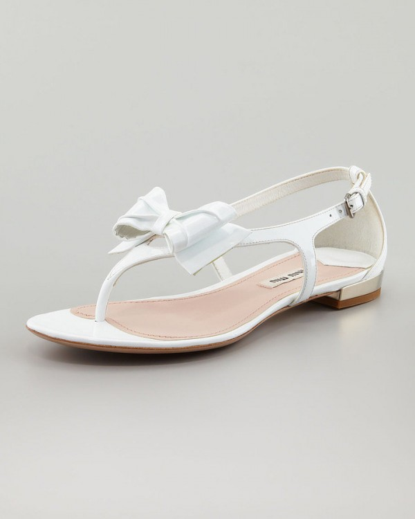 Best Shoes to Wear on Wedding Day for Tall Brides (14)
