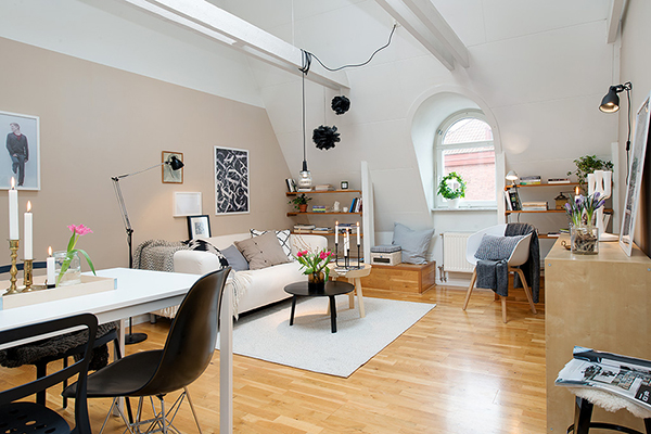 Swedish Attic Apartment with a Great View of City Heart (19)