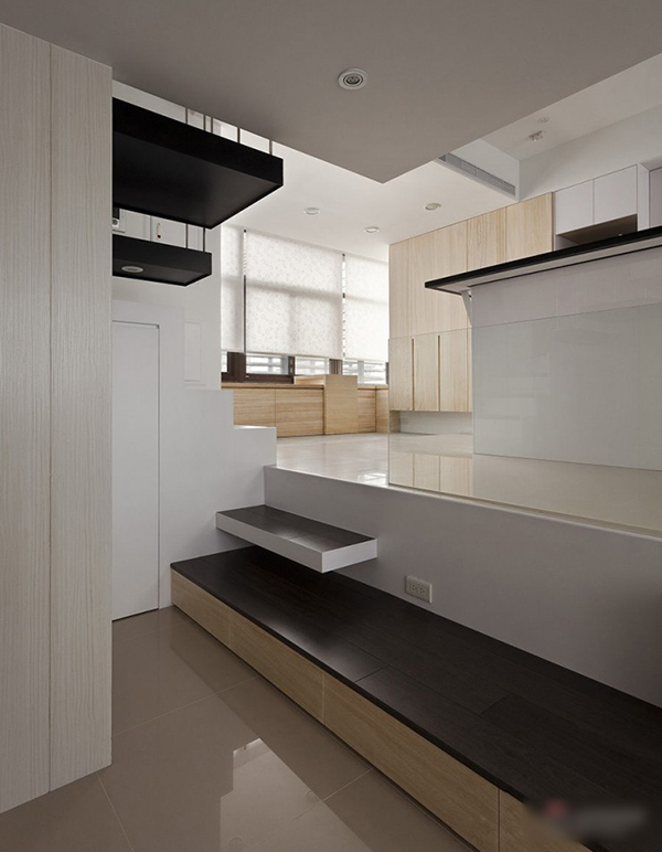 A Smartly Designed Compact House… (8)