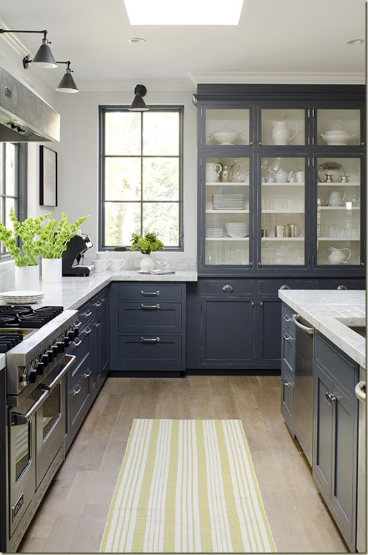 Amazing Timeless Shade of a Kitchen (5)