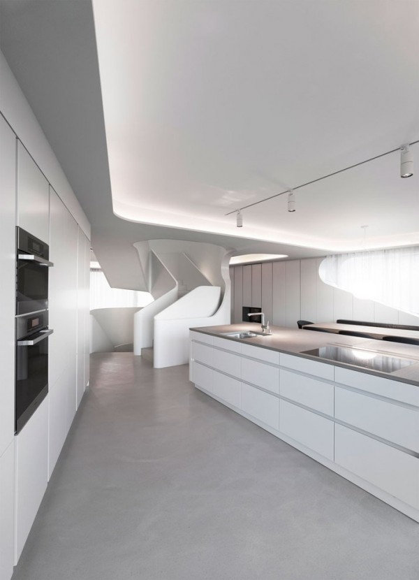 A Futuristic House Design in Stuttgart, Germany: The OLS House (8)
