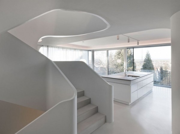 A Futuristic House Design in Stuttgart, Germany: The OLS House (7)