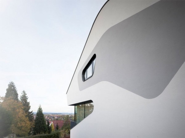 A Futuristic House Design in Stuttgart, Germany: The OLS House (13)