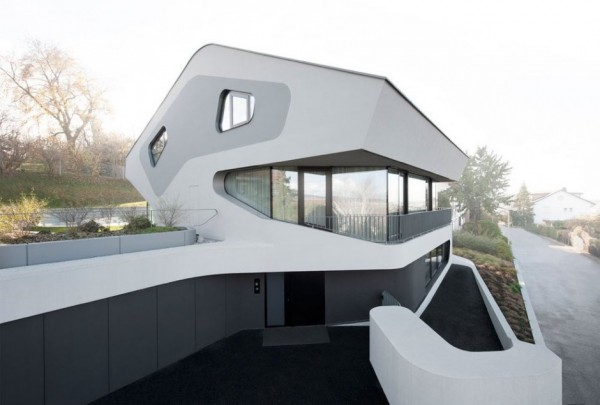 A Futuristic House Design in Stuttgart, Germany: The OLS House (12)