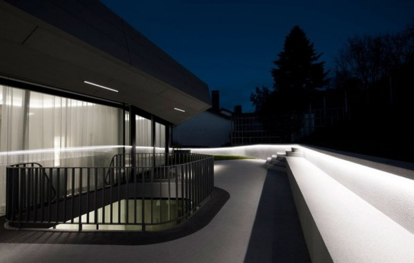 A Futuristic House Design in Stuttgart, Germany: The OLS House (11)