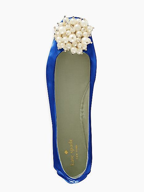 Best Shoes to Wear on Wedding Day for Tall Brides (2)
