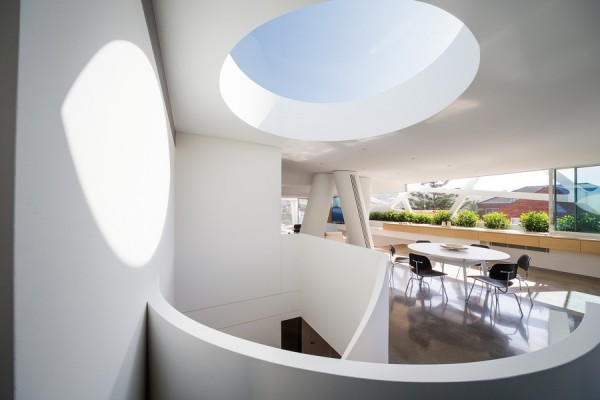 Impressive and Unusual House in Australia (13)