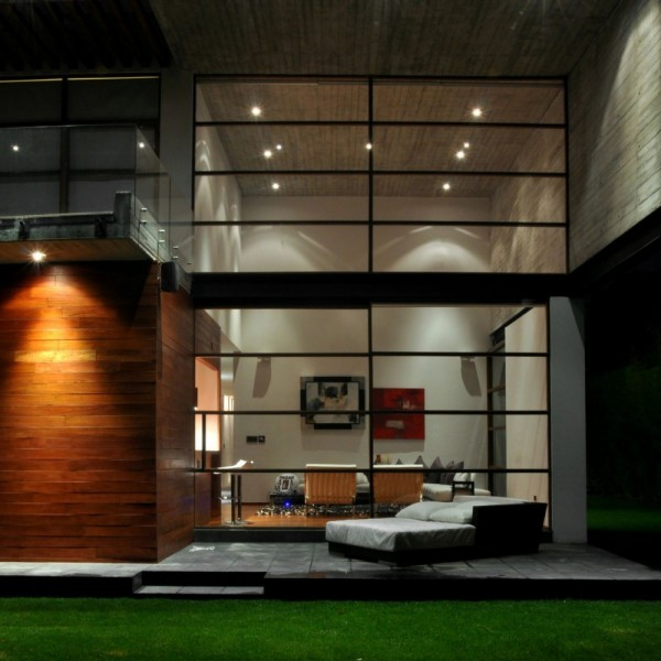 Modern Volumetric House Including Industrial Section in Mexico (8)