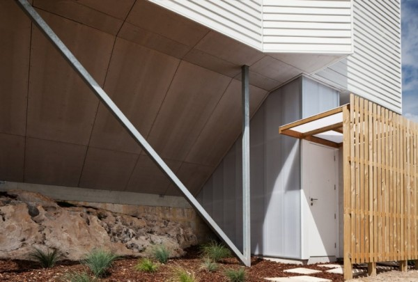 So Unusual yet so Beautiful: House in Australia (14)