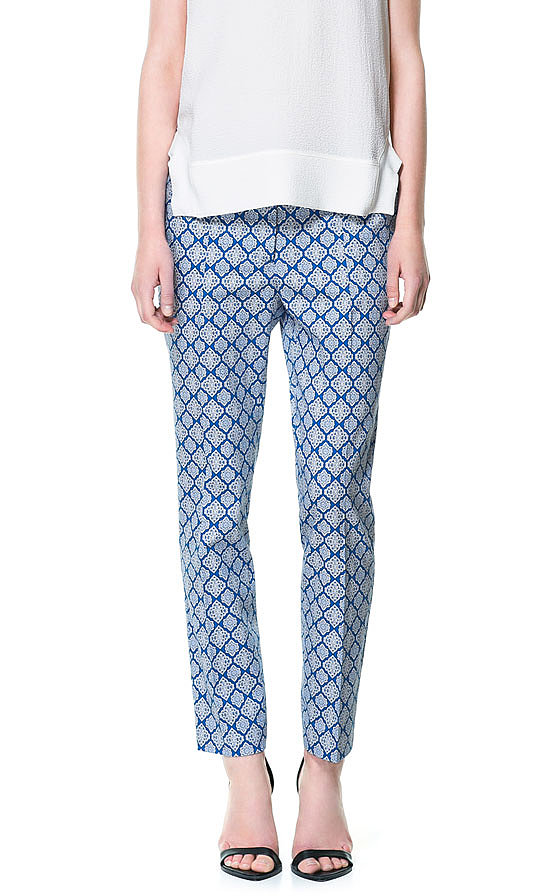 Try These Slouchy Printed Pants (9)