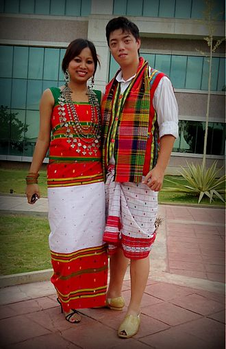 330px-Traditional_dress_of_Tripura