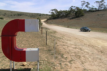 440px-Orroroo,_Magnetic_Hill