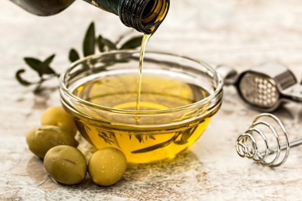 olive-oil-to-lessen fat in abdomen area